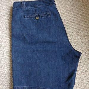EUC Dockers blue denim shorts sz 16